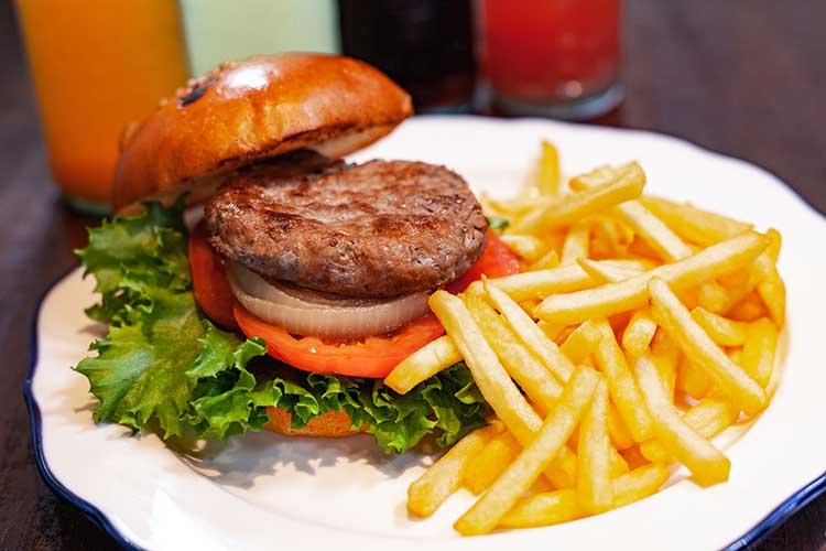 ハンバーガー|オリイーリオ oliilio 大切な愛犬ととっておきの時間をすごせるDOGドッグカフェ&ダイニング